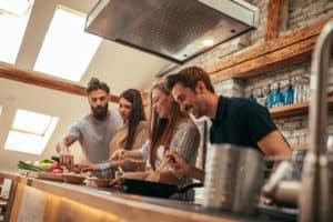 Encontra aqui as empresas que têm grupos (cozinha, desporto...) | Talent Portugal