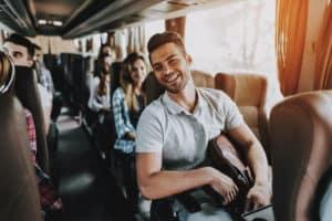 Encontra aqui as empresas com transporte para colaboradores | Talent Portugal